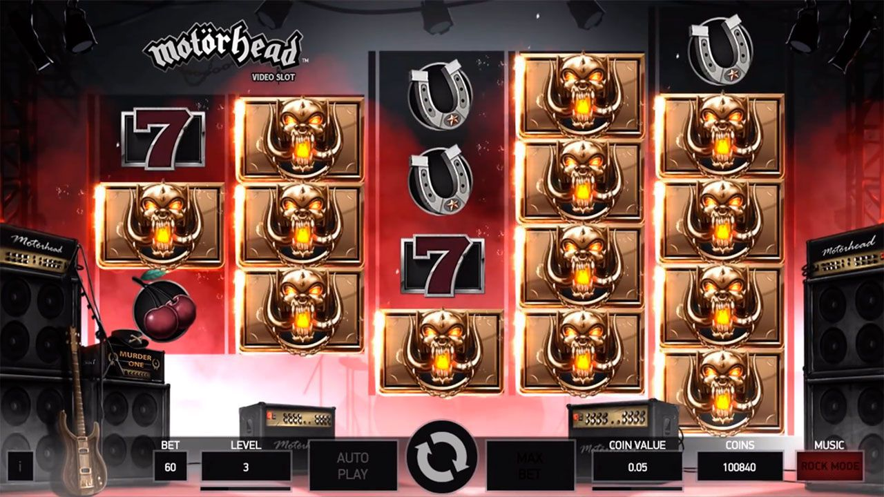 Bomber Feature at Motörhead slot machine