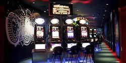 Macao's first VIP-slot machine hall falls through